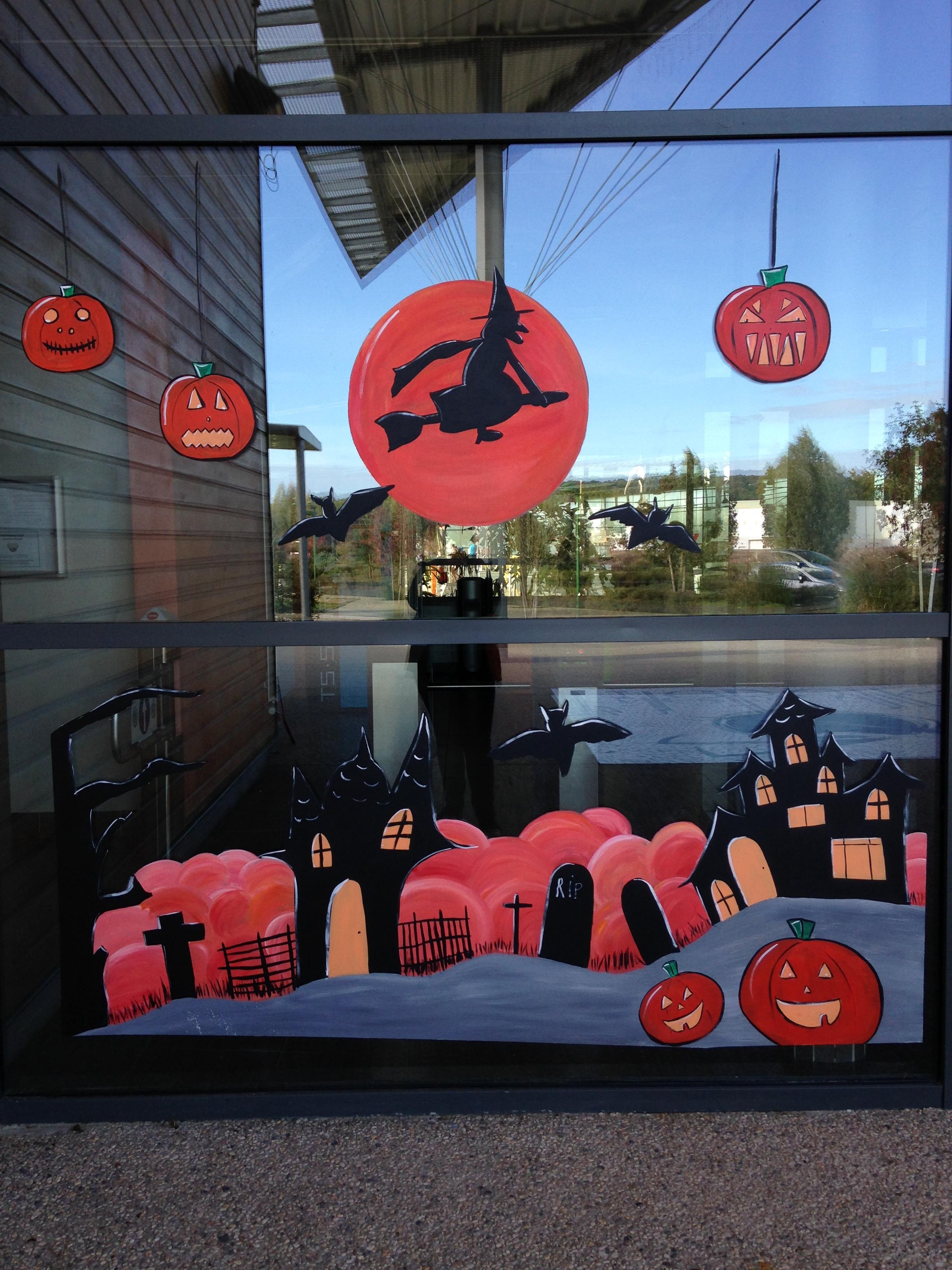 Decor Vitrine Peint Pour Halloween Atelier Jaunay Manon