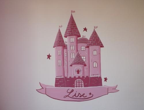 Décor peint château de princesse